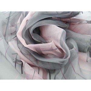 Цветен плат за тънки пердета